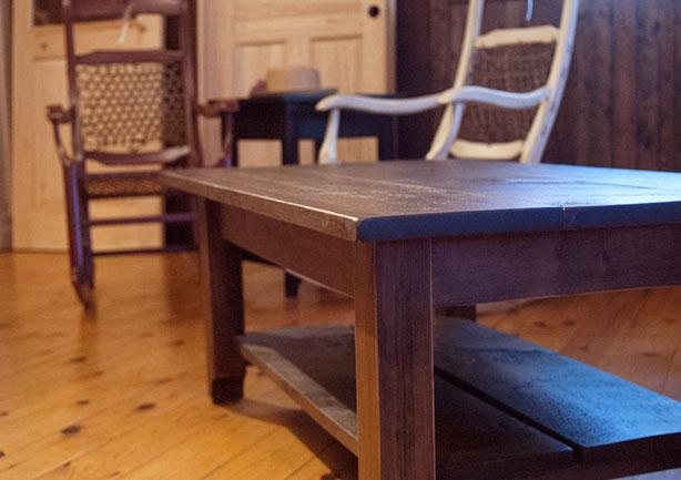 Pro pin le sp cialiste du pin bois meuble et b nisterie for Grange du meuble
