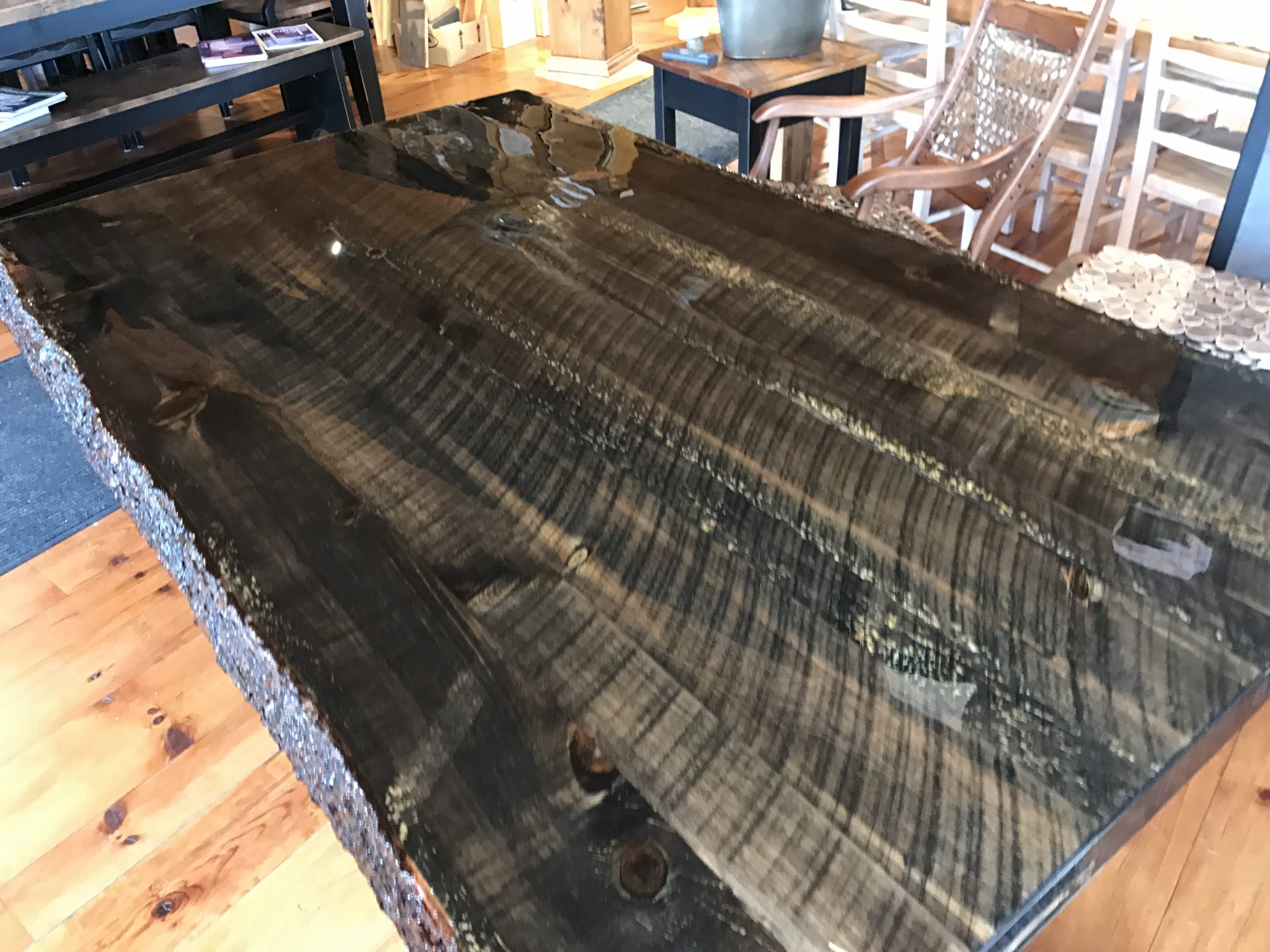 Table live edge epoxy