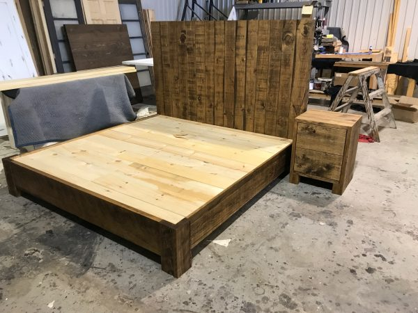wood bed pine rustique