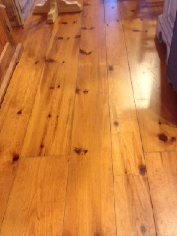 Grade A red pine flooring